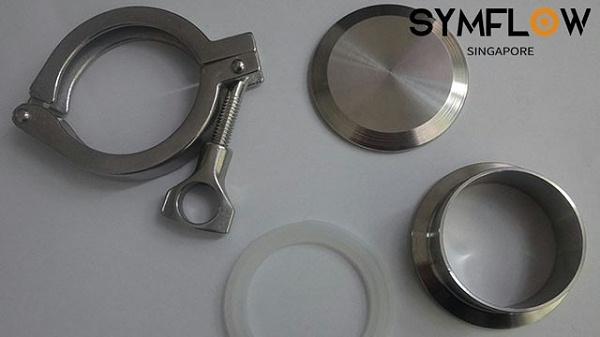 不锈钢沟槽卡箍的优点